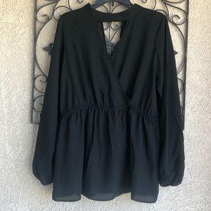 Torrid key hole blouse